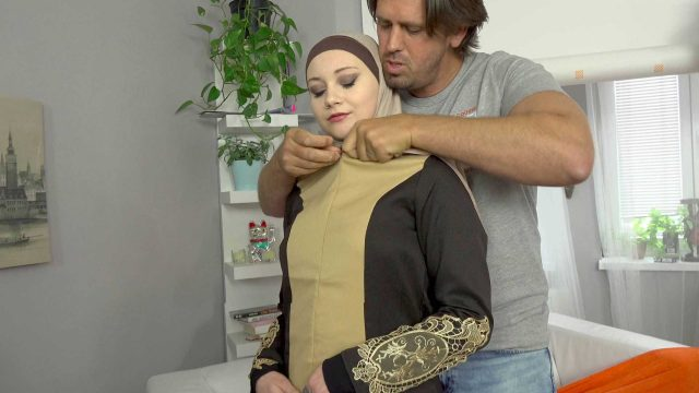 [SexWithMuslims] Marilyn Sugar (A Muslim cleaning lady was punished for failing to complete the task / 07.03.2020)