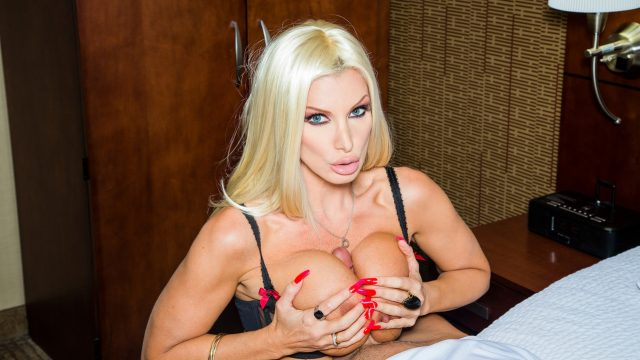 [TonightsGirlfriend] Brittany Andrews (11.27.2020)