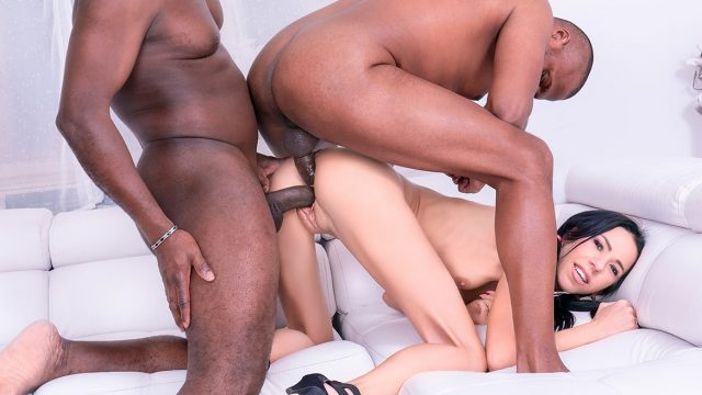 [Private] Paris Devine (Skinny Teen Enjoys DP Interracial Threesome / 02.01.2021)