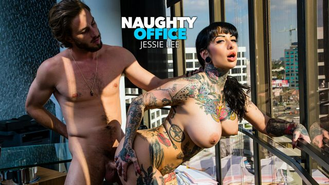 [NaughtyOffice] Jessie Lee (Jessie Lee gets fucked in her office by the IT guy / 03.06.2021)