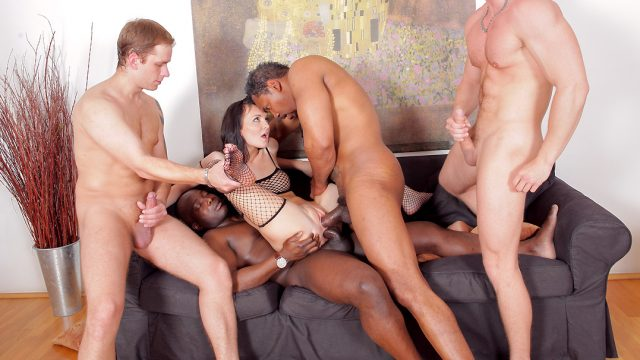 [GroupsexGames] Bella Claire (This MILF Wants More Cock scene 2 / 05.11.2021)
